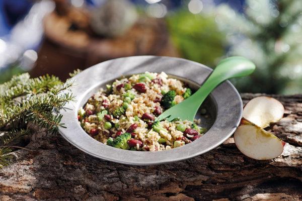 Salade de riz ensoleillée