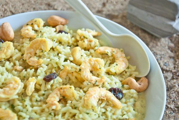 Crevettes au cari et riz